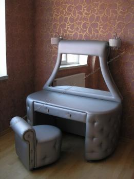 Туалетный столик Маргарита-2