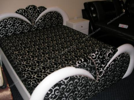Кровать с матрасом Роксолана